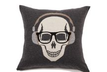 Skull Collection / Luxury cashmere pillows made in Italy.