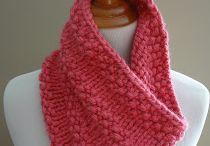 Knitting / by Janine Aggott