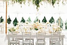 Outdoor Wedding Ideas / The sky is the limit when it comes to planning an outdoor or garden wedding. Whether you are looking to get married at a blossoming botanical garden, on a sandy beach, at a vineyard, a backyard, an estate or mansion, or in a city park we have countless ideas and inspiration featuring the perfect outdoor venues.