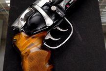 Blades e Concept Guns / Armas de filmes, conceituais e de games.