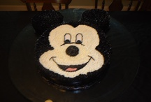 Cakes by Sheila Tadlock / The cakes below are cakes that I personally have made for friends and family.
