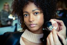 Stila x Banana Republic / Go behind the scenes at the gorgeous look Sarah Lucero created with a celebration of classic beauty for the Banana Republic FW17 show. Get the look: http://like2b.uy/stilacosmetics/items/2613905