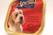 Apollo of Sopron / This is a pasty-like pet food made of meat and its spin-off containing vitamins E and D. One tin is enough for a dog about 4 kg per dining. This amount can be increased to 3 or 4 cans a day. The cans are storable at room temperature. The dust-cover should be removed before ingestion.