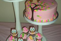 Cupcake and Cake Designs / by Crystal Rondeau