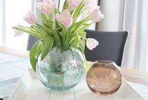 ♥ BLUMEN / Bunte Blumen, Weiße Blumen, Kleine Blüten oder große. Wir lieben Blumen in jeder Form und Farbe! Sie machen jeden Raum freundlicher und schöner. Grund genug eine Pinnwand für unser Lieblingsgrün zu erstellen...