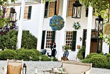 Exploring Charlottesville, Virginia... / Charlottesville, Virginia has become a dream destination wedding location! Here are some of the reasons why...