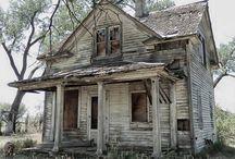 Case Părăsite