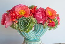 """Let's Decorate ~ Floral ❀ Arrangements / I have NO EXPERIENCE in floral arranging but I have confidence that you will help me & give me wonderful ideas that even someone like me can do.  IF YOU WOULD LIKE TO JOIN ME IN THIS QUEST, I WOULD LOVE TO MAKE THIS BOARD A COMMUNITY BOARD - ALL YOU HAVE TO DO IS :""""LIKE"""", """"REPIN"""" OR LEAVE A """"COMMENT"""" &-  I WILL ADD YOU TO THIS BOARD, IT WILL MAGICALLY APPEAR  IN YOUR BOARD LINEUP.  IF, AT ANY TIME YOU NO LONGER WISH TO PARTICIPATE, JUST GO TO """"EDIT BOARD"""" AND REMOVE YOUR NAME.  LET'S HAVE FUN"""