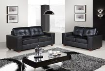 Leather Corner Sofas / Rooms do not always allow for fitting a straight sofa but this does not mean you must give up your dream of that leather sofa. Discover an incredible choice of leather corner sofas at Leather Of A Land.