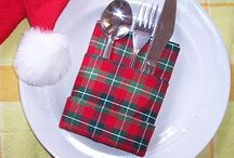 Christmas Table Decorating / Festive table decorations, table settings, place setting ideas, DIY place cards, napkin folding, flowers, centerpieces and more