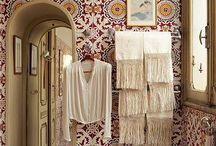 Boho Bathrooms / Bohemian bathroom style at its absolute best.