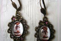 """Pendientes / Pendientes de estilo vintage artesanales de la marca """"El Joyero de Rosa"""""""