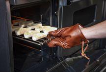 Dutchdeluxes   Oven Gloves