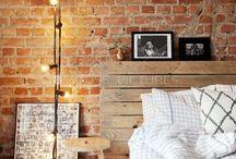 Mur de briques / Les briques sont utilisées en déco intérieure pour donner un côté brut et industriel aux intérieurs. Je vous propose de découvrir une sélection des murs de briques les plus inspirant en matière de déco intérieure.