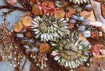 BeadDazzled / The beauty of beadwork on textiles