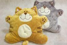 Pieni kissa tyyny