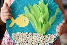 rybička na papierovom tanieri