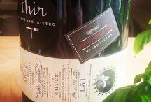 Thir - vinný bar / Vinný bar Thir je ojedinělým konceptem nabízejícím přírodní, naturální a biodynamicá vína převážně ze zemí Střední Evropy.