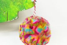 How to make easy Wooltop POMPOMS ! / My latest invention is the amazingly fluffy, lush EASY PEASY wooltop pompom. Faster than a regular pompom, it's so furry and soft you won't be able to stop making them!