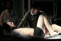 Tiyatro / Türkiye'de ve dünyada sergilenen tiyatro oyunları burada...