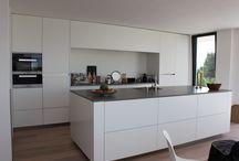 Ideeën voor het huis / www.coninxkeukens.nl Zie de mooie belijning.