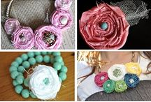 Crafting Fabric Flowers / by Jade Stewart