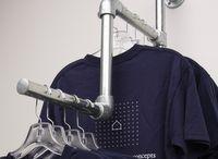 Prateleiras de roupas