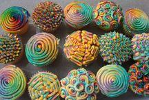 Cupcakes galore / by Sarah Cooper
