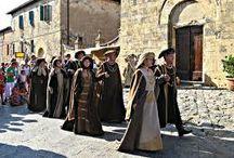 MONTERIGGIONI FESTA MEDIEVALE / Immagini della Festa Medievale nel mese di Luglio