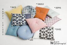 Pillows / Een mooi kussen maakt uw zithoek helemaal af. Mooi op de bank of op een stapel in de hoek.