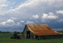 Barns/Old houses / by Susan Geitz Blessing