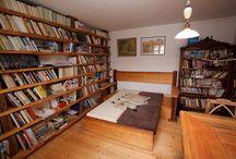 Skříně, knihovny, komody
