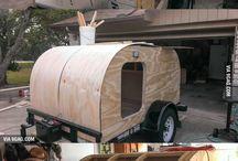 Camping / K autu stan, aj přístřešky.