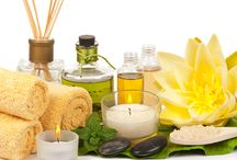 A Look at Essential Oils and Hair Care / Wouldn`t it be nice to wash your hair and skin with something natural and not with something that is full of chemicals? Why would you want to poison yourself with chemicals in shampoos that have mild to moderate toxicity ratings by the EPA? Wouldn`t it make more sense to use something that could actually promote the health of your hair and scalp without harming you in the long run?