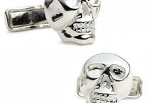 """Halloween / Ghosts, goblins, witches, and more! Go ahead and browse our spooky Halloween cufflinks and accessories . . . if you dare! (Mmmwwaahhh!!) Yes, in case you didn't get it that was our """"scary"""" laugh. Within the colorful abyss of this section, each cufflink set with frightens you with delight or horror (depending on your fashion sense, of course)."""