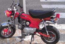 Mini Mopeds / Mini mopeds Seventies. Vintage mini bikes.