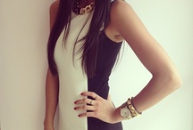 I have that dress,,,LOVE IT<3<3