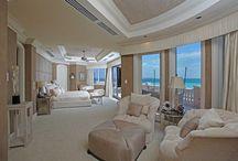 Huge Bedroom / Beautiful Bedroom design