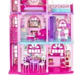 Barbie Girl / Move right into the Barbie Dreamhouse and discover a world of possibilities because with Barbie, anything is possible!