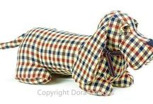 Dog Design Doorstops By Dora Designs / A lovely selection of dog and puppy design door stops by Dora Designs. A great gift idea for any dog lover or puppy owner.