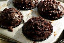 Cupcake Obsessed.  / by Corrine Elizabeth