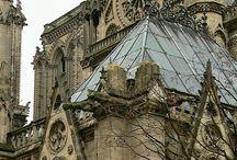 Zámky, katedrály / Zámky, katedrály