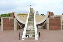 Jantar Mantar Jaipur / A UNESCO World Heritage Site in Jaipur, Rajasthan. Must visit places of the city. Read detailed blog post to understand about Jantar Mantar observatory built by Sawai Jai Singh