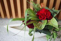 """Fresh&PreservedFlowers   -オーダーアレンジメント- / """"豪華に贈って静かに飾っていただく""""  生花のアレンジメントの中に、小さなプリザーブドフラワーが 入った新しい形のアレンジメントです。"""