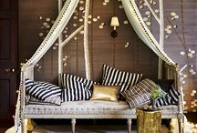 THE FESTIVE HOME / Festive decorating ideas and elegant finishing touches for your home at Christmas.
