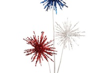 4th of July - Decorate and Dine / Perfectly Festive offers a wide variety of designer quality, coordinating patriotic decorations for your home or business! Stars, sprays, garlands in red, white, and blue—are all here.   Browse all the patriotic decorations so you don't miss anything!      Available in sets or purchase individual items at www.perfectlyfestive.com  #memorial-day  #4th-of-july