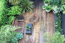 Garden Staging / Le Garden Staging est là pour créer un effet coup de coeur. Il dépersonnalise les extérieurs, permettant à chacun de s'y projeter, de s'y sentir déjà chez soi. Il vise une élégance sobre, qui met en valeur le lieu.