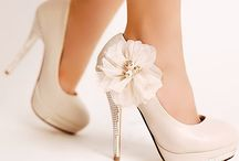 Dream Wedding Ideas / by Julia Marshall