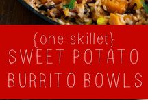 Vegan Bowls / Vegan food served up in a bowl. Browse through to find the perfect breakfast, lunch, or dinner