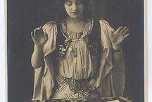 Gypsy & Tarot
